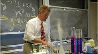 Chemistry Laboratory Techniques course image