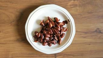 Make your own delicious Chocolate peanut clusters course image