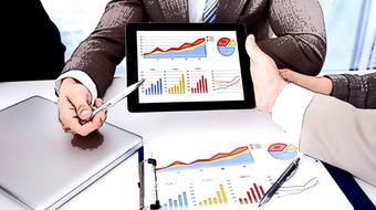 Fundamentos del Emprendimiento: Pensamiento y Acción course image