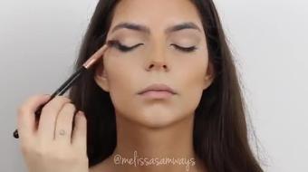 Champagne Glitter Princess Makeup Training course image