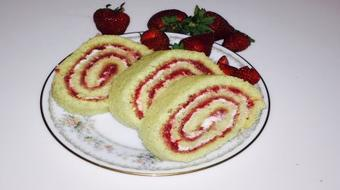 How to Bake A Perfect Cake Roulade Everytime course image