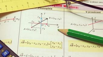 Linear Algebra Tutorial: Determinants course image