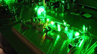 Fundamentals of Photonics: Quantum Electronics course image