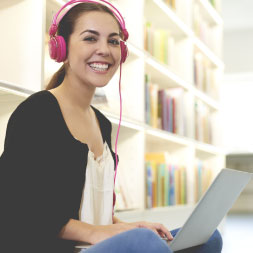 Using Lyrics Training for Language Learning course image