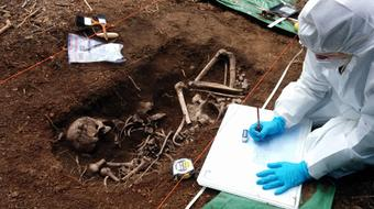 Identifying the Dead: Forensic Science and Human Identification course image