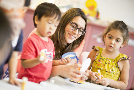 English in Early Childhood: Language Learning and Development course image