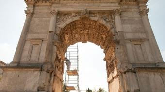 Arch of Titus: Rome and the Menorah course image