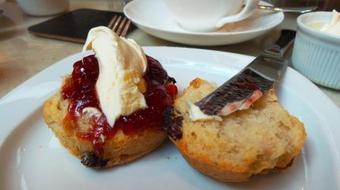 English Cream Tea Made Simple - Scones are Easy course image