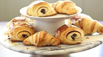 How to Make Authentic Parisienne Traditional and Chocolate Croissants course image