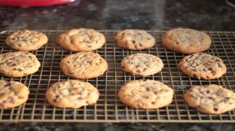 How to Bake Perfectly Soft Chocolate Chip Cookies course image