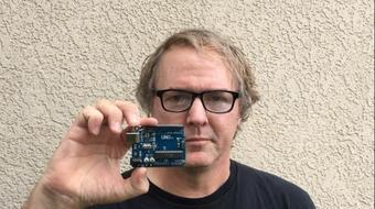 Arduino Discovery: programming the UNO board made simple. course image