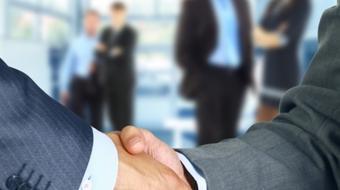 商务英语课程:管理与领导力英语 Management & Leadership course image