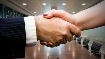 Negociación exitosa: Estrategias y habilidades esenciales (en español) course image