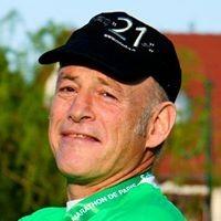 Amos Zilberberg profile image