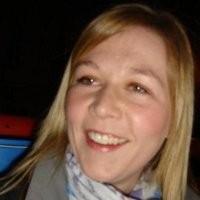 Laura MacNeil profile image