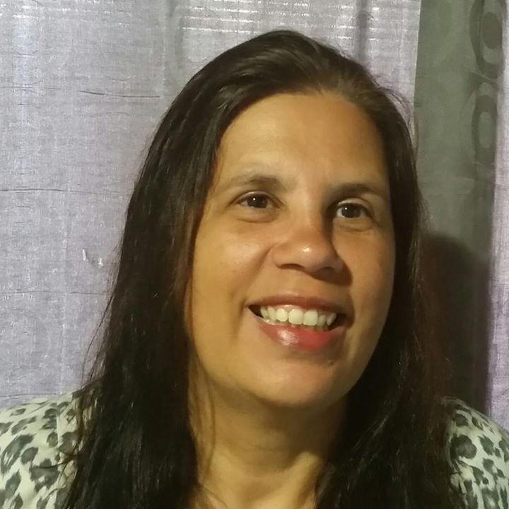 Leda Oliveira profile image