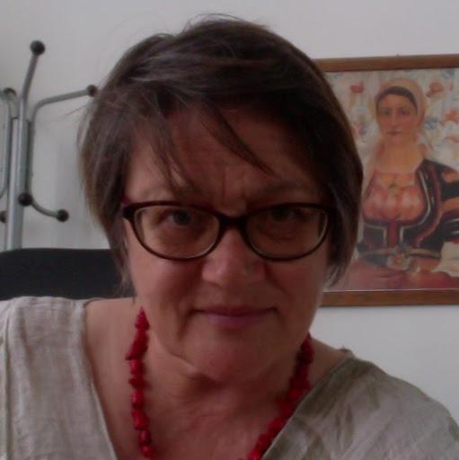 Veska Davidova profile image